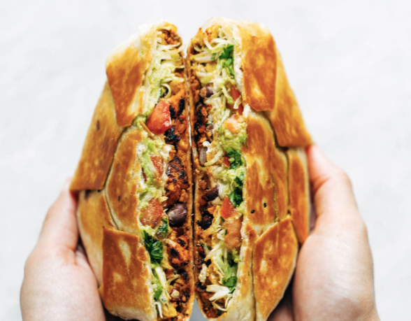 crunchwrap, vegan crunchwrap, vegan food, vegan foodie, vegan food blog, vegan recipe, vegan taco