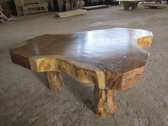 Rustic Suarwood Coffee Table