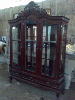 Chippendale Display 3 Doors