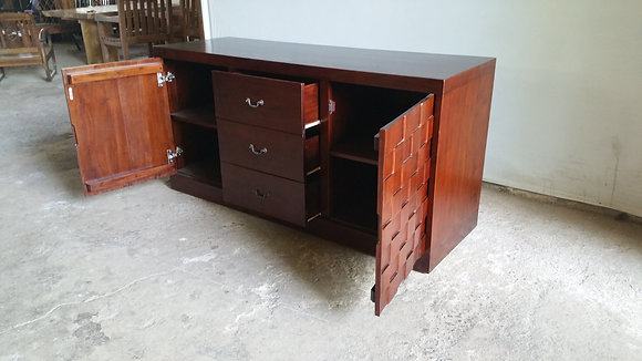 Ketupat Buffet 2 Doors 3 Drawers