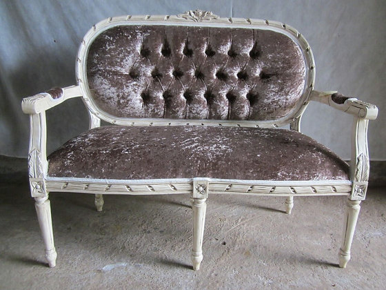 Oval French 2 Seater
