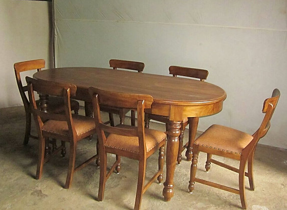 Bubut Leg Oval Dining Set