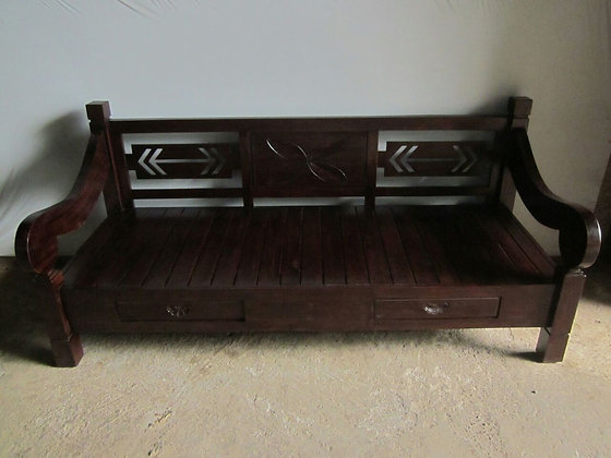 Arrow Back Daybed