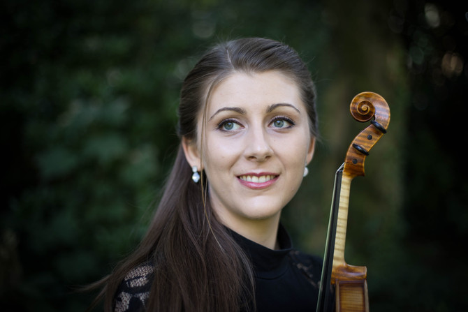 Photoshooting with violinist Lara Weber