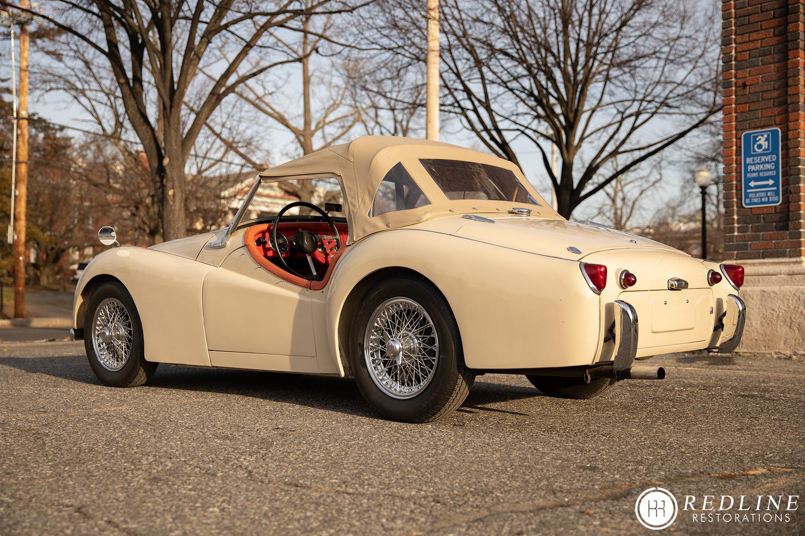 Redline 1957 Triumph Tr3