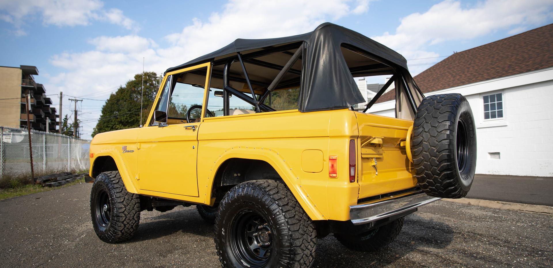 1977 Ford Bronco-12.jpg