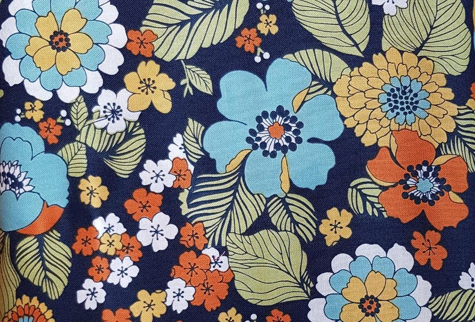 Carnabay Street Maywood Studios, flores . 100% Algodon, 1,10Ancho 15€/m