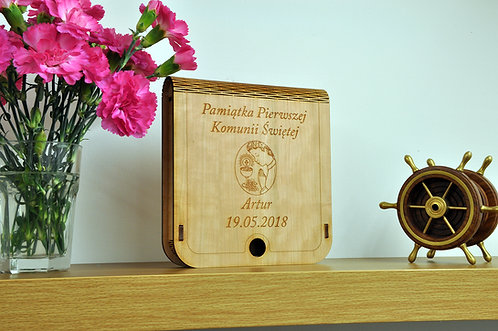 Wooden Box for Photos and Pendrive