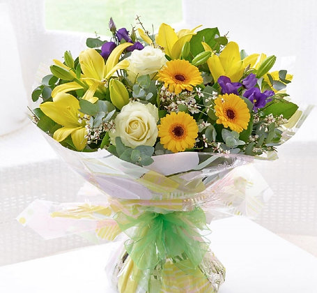 Hand Tied of Spring Freshness