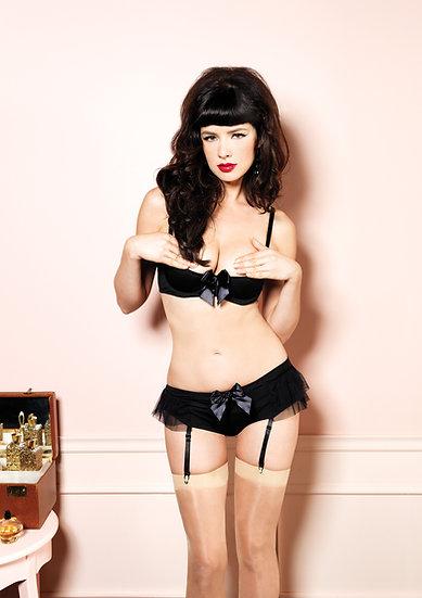 Shelf Bra and Garter Panty Set - Black - Medium