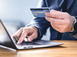 5 Ways to Stay Safe While Shopping Online for the Holidays