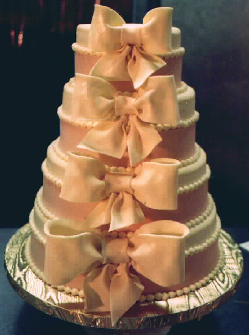 Big Bows wedding cake