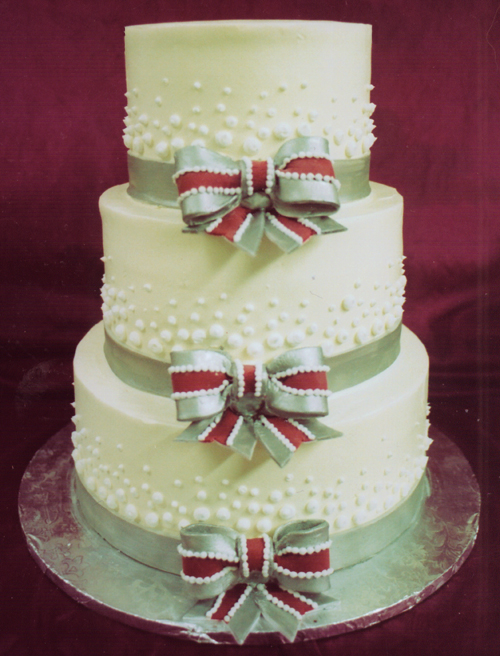 Bubbles and Bows wedding cake