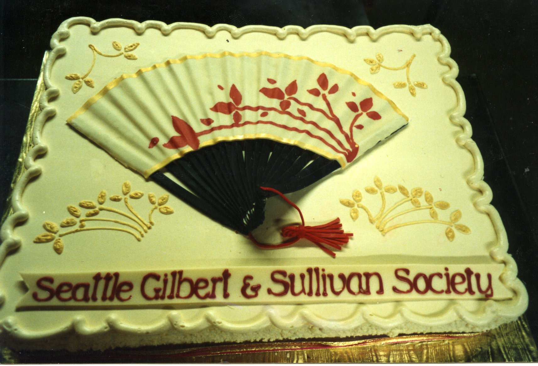 Gilbert and Sullivan cake