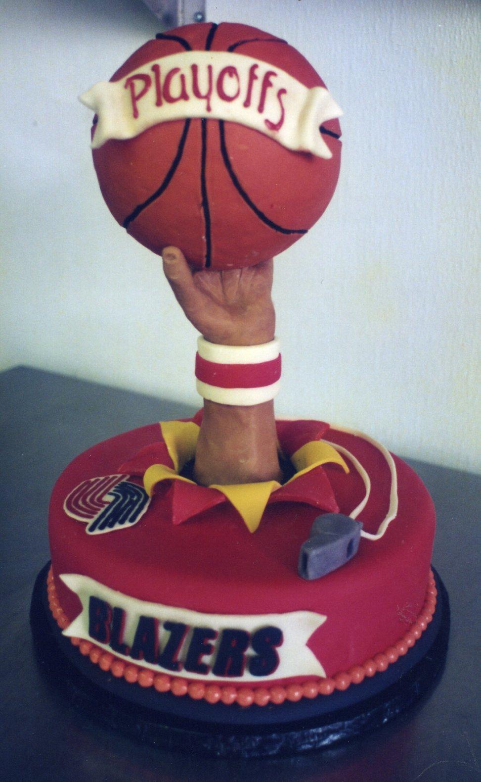 Blazers cake for Paul Allen