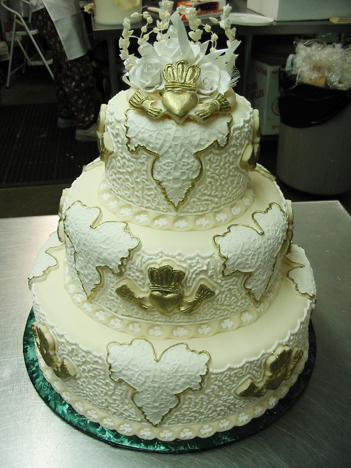 Irish Unity wedding cake