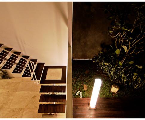 9.stair-innercourt.jpg