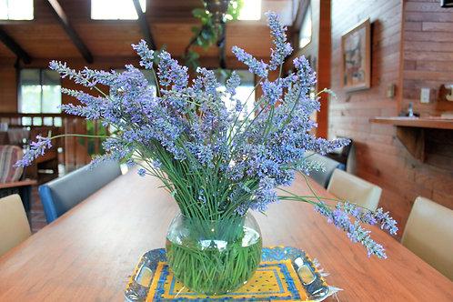 Grande Lavender Bouquet