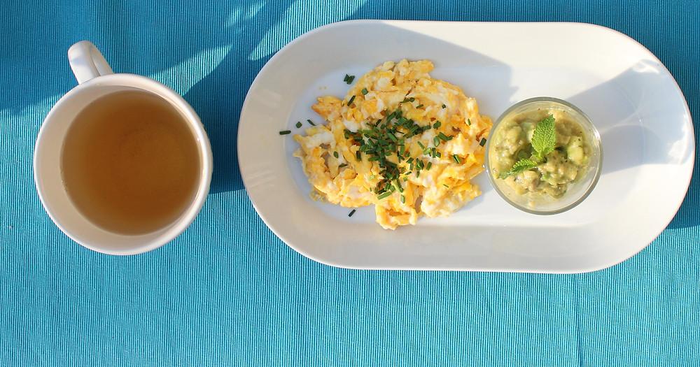 Kipferl und Kaffee adé - wir wollen gesund frühstücken ! Alsi testen wir in den nächsten Wochen das Angebot in Baden, Locations abseits des Mainstream und Gastronomen, die Alternativen anbieten.