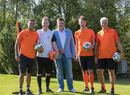 Bekende voetballers openen FootGolf op Landgoed Tespelduyn