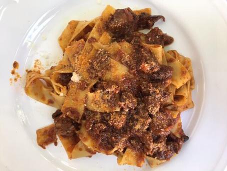 Italiaans Recept: Pappardelle Al Ragu Di Cinghiale