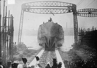 HMS_Queen_Mary_LOC_10459.jpg