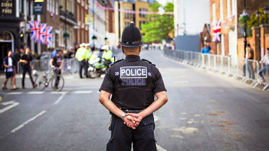 Operation knife crime results in numerous Rugby arrests