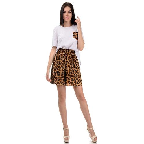 Leopard shorts set + asymmetrical white shirt with a leopard-patterned leopard print