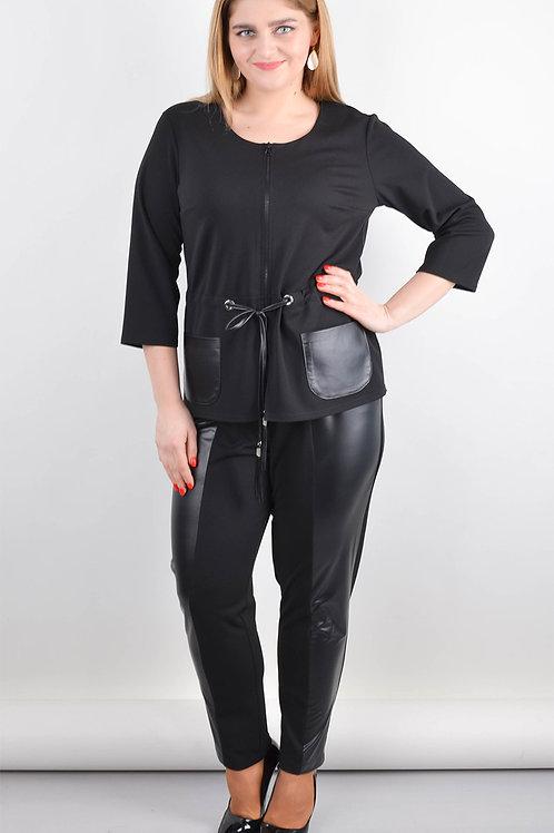 חליפת מכנסיים וז׳קט מבד טריקו משולב עם אקו עור
