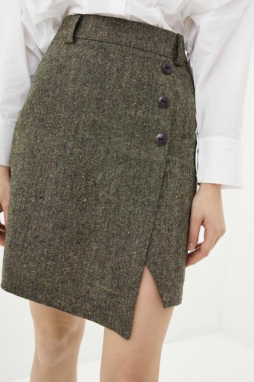 חצאית קלאסית עם אפקט של מעטפת ורוכסן נסתר לאורך התפר האמצעי והאחורי