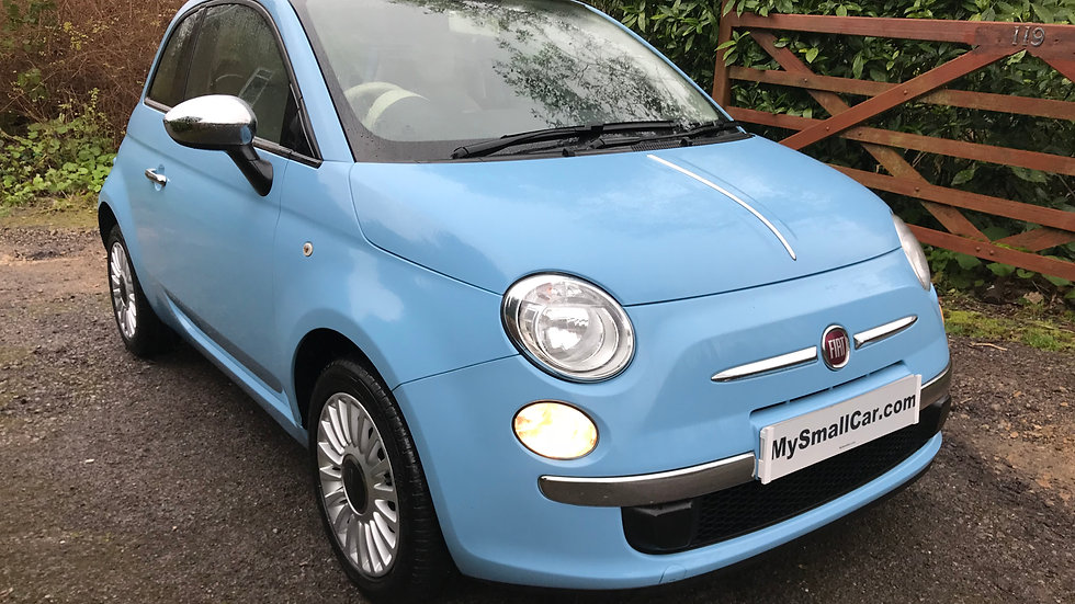 2013/13 Fiat 500 Lounge WITH ONLY 21,000 MILES..