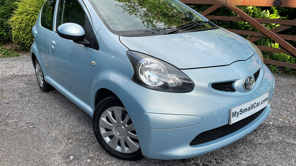 2006/55 TOYOTA AYGO 1.0 SPORT 5DR WITH ONLY 90,000 MILES AND AIR CON