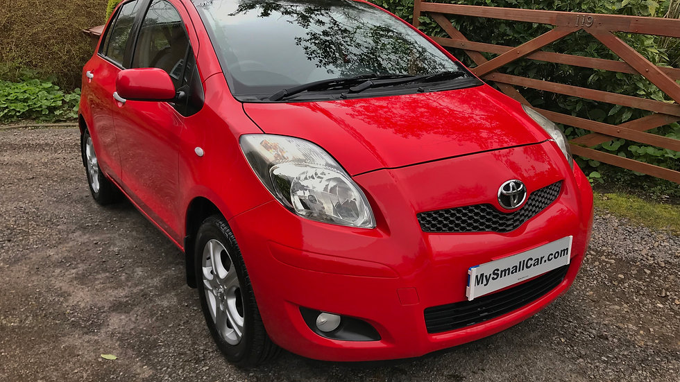 2010/59 TOYOTA YARIS 1.0 VVTi TR 5DR WITH ONLY 32,000 MILES