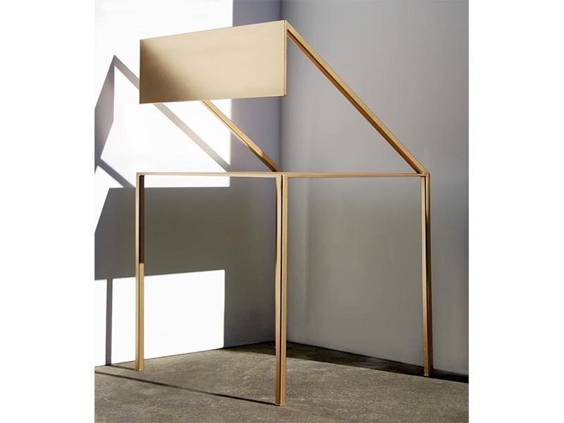 Peek Chair Gold