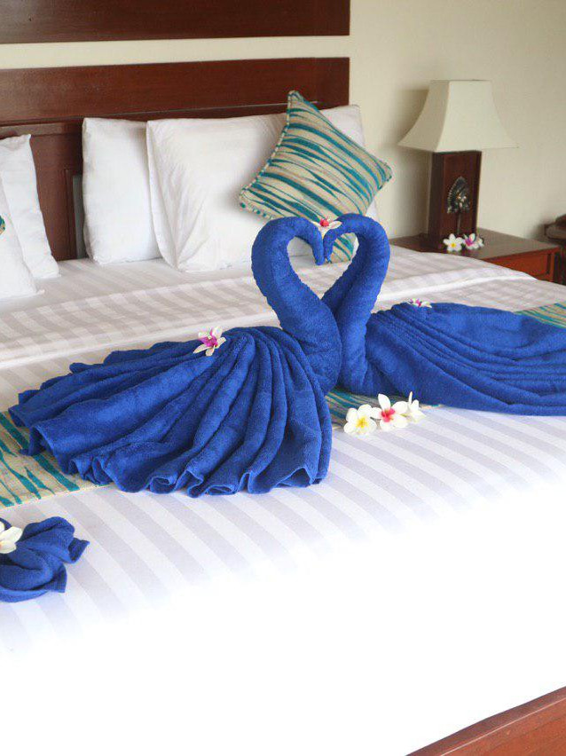 Comfortable King Size bed for honeymooners