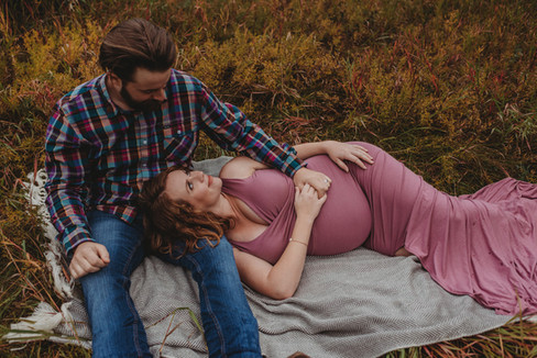 Kamloops BC maternity photographer