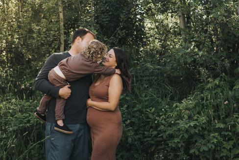 Kamloops BC maternity photographer
