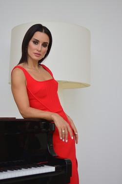 Тина Канделаки