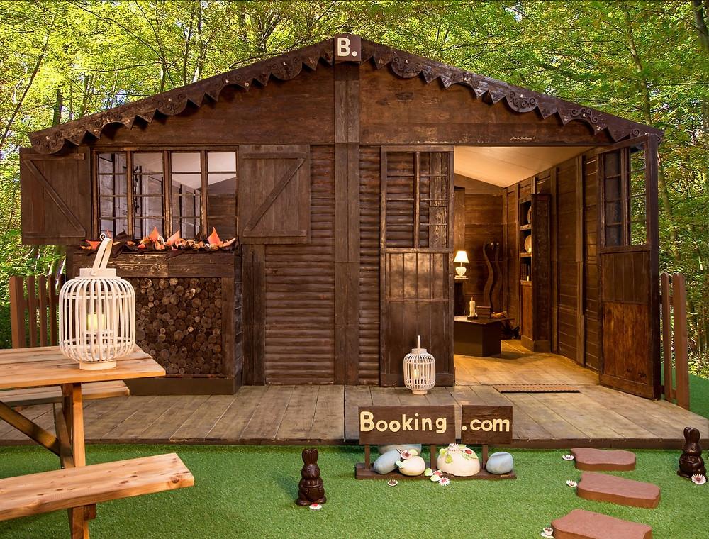 Jean-Luc Decluzeau, Maison en chocolat, Booking.com