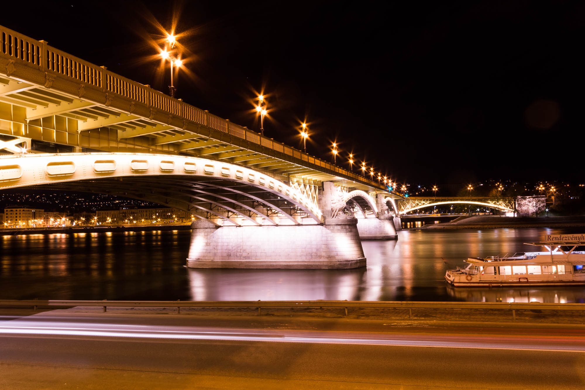 Bridge Budapest night