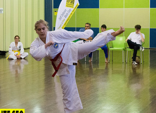 Taekwon-Do and Stretching - 7 Benefits You Need and Want!