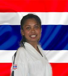 Sabum Rachanok Moulden in front of the Thailand flag