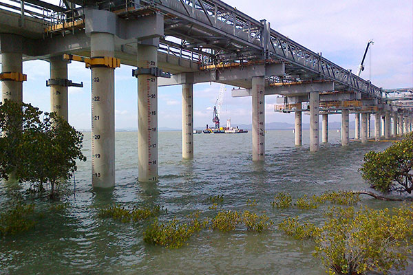 GLNG Gas Jetty 2