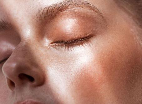 Macchie cutanee e iperpigmentazione: i rimedi per uniformare l'incarnato