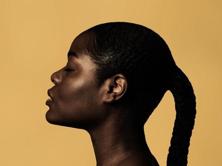 Può la pelle essere grassa/mista e al tempo stesso disidratata?