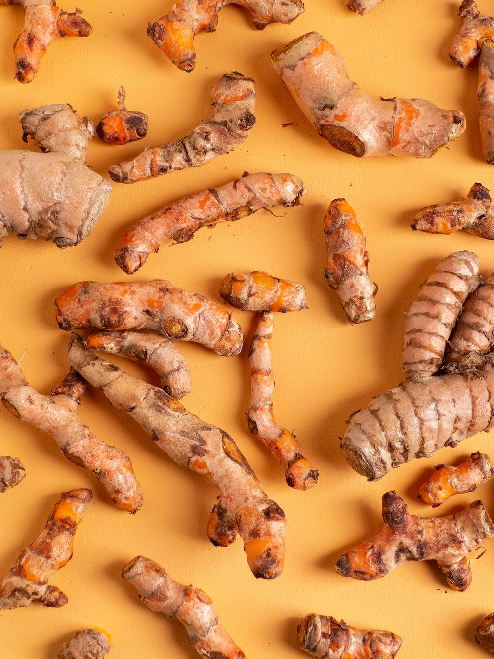 Curcuma un superfood aiuta la pelle e l'organismo
