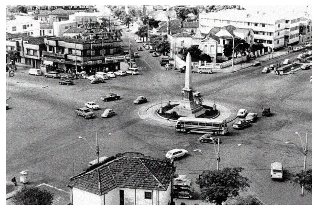 Pça Savassi-1970.png