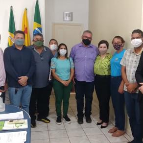Prefeito Camilo Silva, recebe a secretária estadual de educação, esporte turismo e lazer
