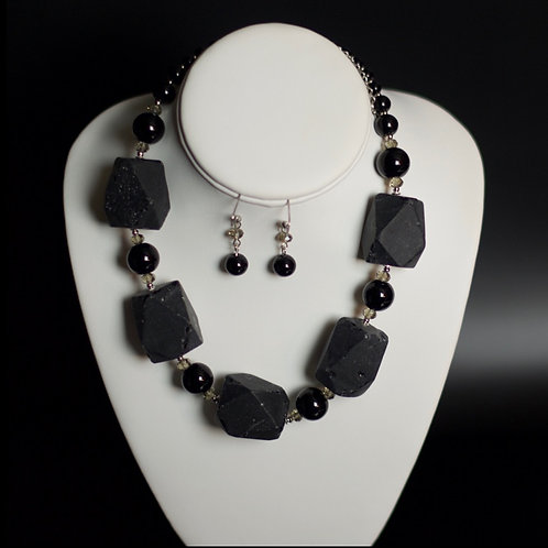 QUEEN HAILEMAH STONES OF ETERNITY NECKLACE SET