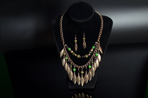 THE ROYAL GREEN/OLD GOLD NECKLACE SET